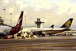 Singapore Airlines B747-300 9V-SKM at MAN (16268003612).jpg