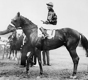 Johnny Loftus - Johnny Loftus aboard Sir Barton at the 1919 Preakness Stakes