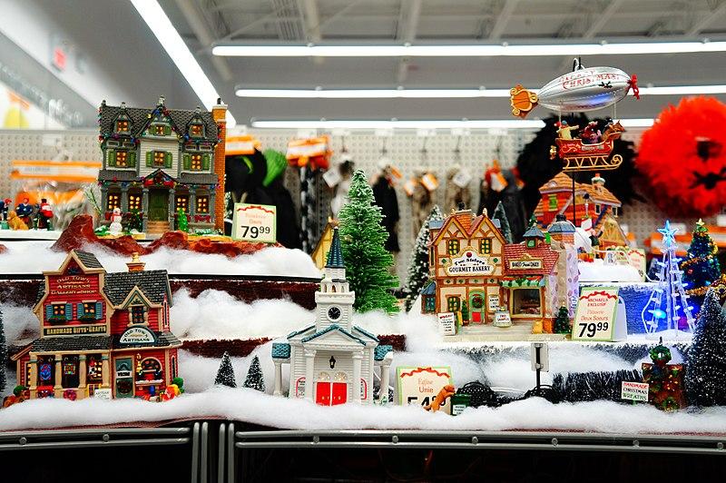 File:Small Christmas village - panoramio.jpg