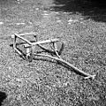 Smuči (sani)- ročne (samo 1 legnar), dolžina 109cm (do konca krivine 140 cm), široke 74 cm. Javornik 1959.jpg