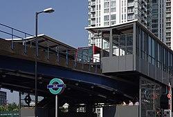 South Quay DLR station MMB 09 109.jpg