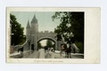 St. Louis Gate and Grand Allee, Quebec, P. Q (NYPL b12647398-62454).tiff
