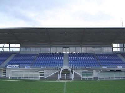 Stade Louis Villemer (tribune).jpg