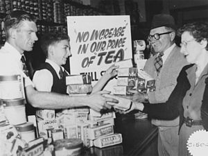 English: Customers buying up tea before the pr...