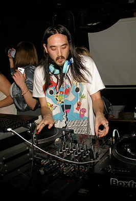 Steve Aoki in HiFi Nightclub in Calgary (Canada).