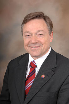 Steve Kagen, official 110th Congress photo portrait, color.JPG