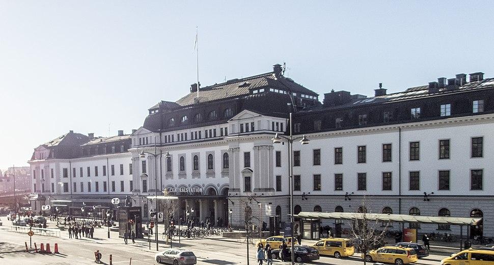 Stockholm centralstation 2017 -1 (cropped)