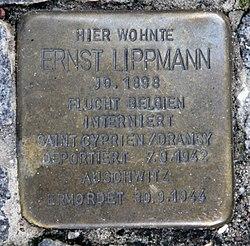 Photo of Ernst Lippmann brass plaque