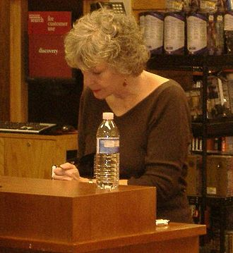 Sue Grafton - Sue Grafton