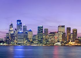 Sydney skyline at dusk - Dec 2008 (2).jpg