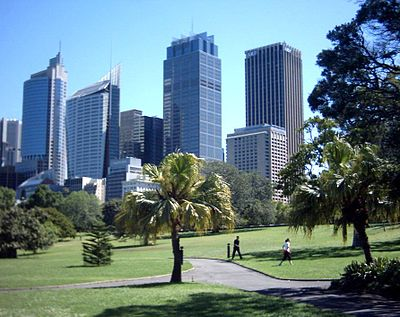 Walk through the Royal Botanic Gardens