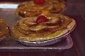 Tarta de Manzana (con guinda).jpg