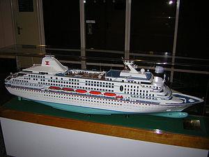 SuperStar Aquarius - A model of the Windward as built.