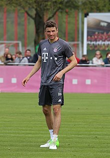 Thomas Mueller Training 2017-05 FC Bayern Muenchen-3.jpg