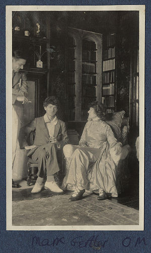 Mark Gertler (artist) - Mark Gertler with T. S. Eliot (left) and his patron Lady Ottoline Morrell