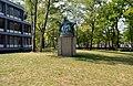 Thomas van Aquino, Comeniuslaan (bij aula Radboud Universiteit); 1946 Wilhelminasingel, Nijmegen (onthulling 1 juni 1926) August Falise.jpg