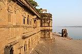 Tilbhandeshwar Temple.jpg