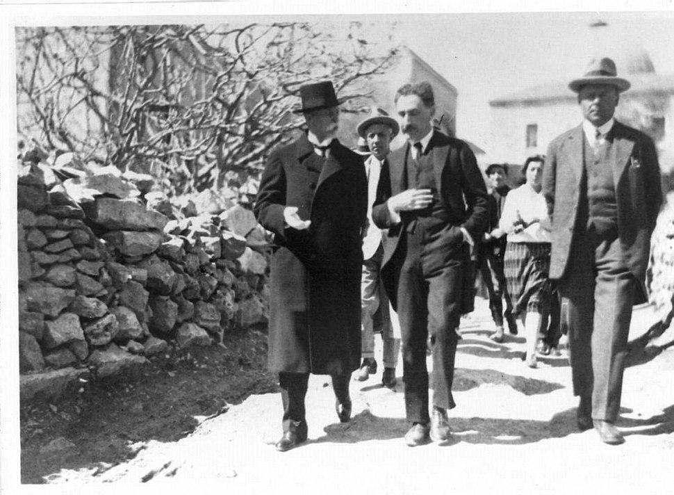 Tomáš Masaryk in Jerusalem in 1927 with Hugo Bergman & the Czech Consul