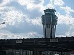 Torre de control de Lavacolla.jpg