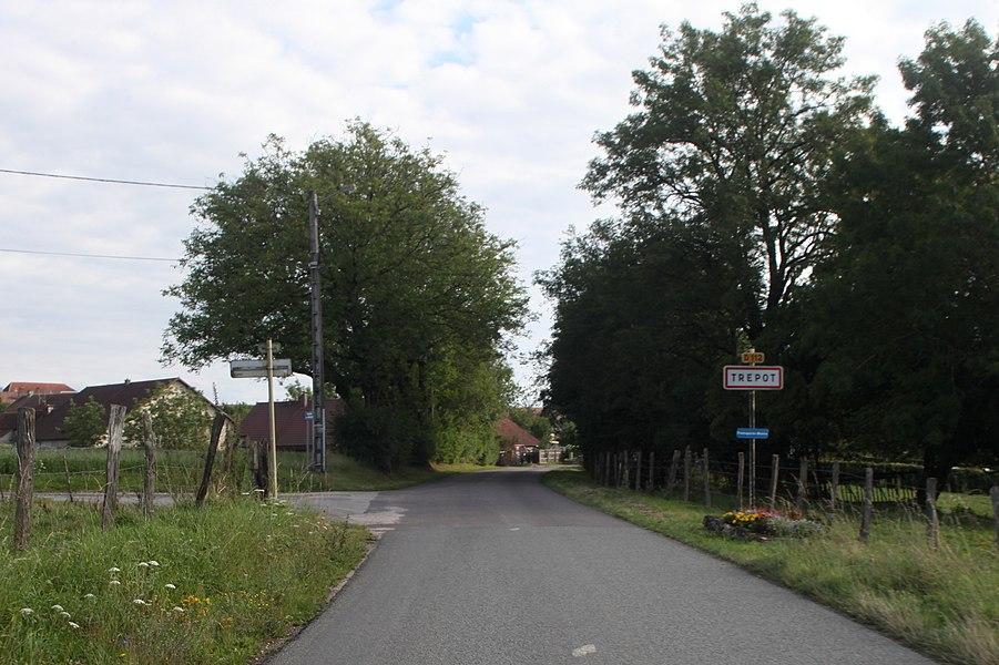 Entrée de Trépot (Doubs).