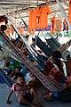 Transporte fluvial en hamacas - Iquitos.jpg