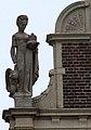 Tropenmuseum B left statue.jpg