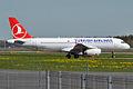 Turkish Airlines, TC-JUK, Airbus A320-232 (16268919270).jpg