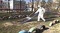 UA Тернопіль - 2020-03-31 - Дитячі майданчики в Тернополі обклеюють стрейч плівкою - 0042.jpg