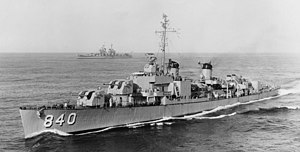 USS Glennon (DD-840) underway in 1948