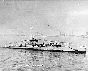 USS S-27 (SS-132) - USS S-27