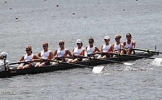 Tennessee Volunteers - Lady Vols rowing in the Tennessee River