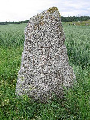 Snottsta and Vreta stones - U 329.