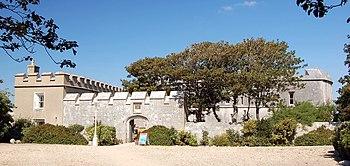 Entrada del Castillo de Pórtland.