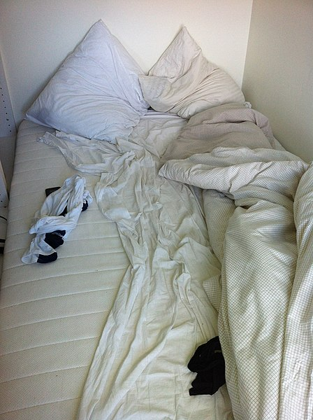 File:Unmade bed.jpg