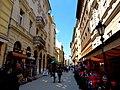 Váci utca 73 (balra), 2013 Budapest (429) (13227287553).jpg