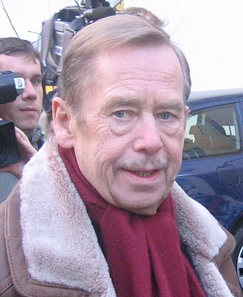 Bestand:Václav Havel (2008) (cropped).jpg