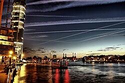 Vauxhall - Nine Elms - Battersea - Pimlico at night.jpg