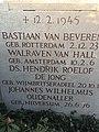 Verzetsmonument Haarlem linkerzijkant.jpg