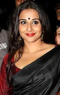 Vidya Balan Screen Awards 2012 cropped.jpg