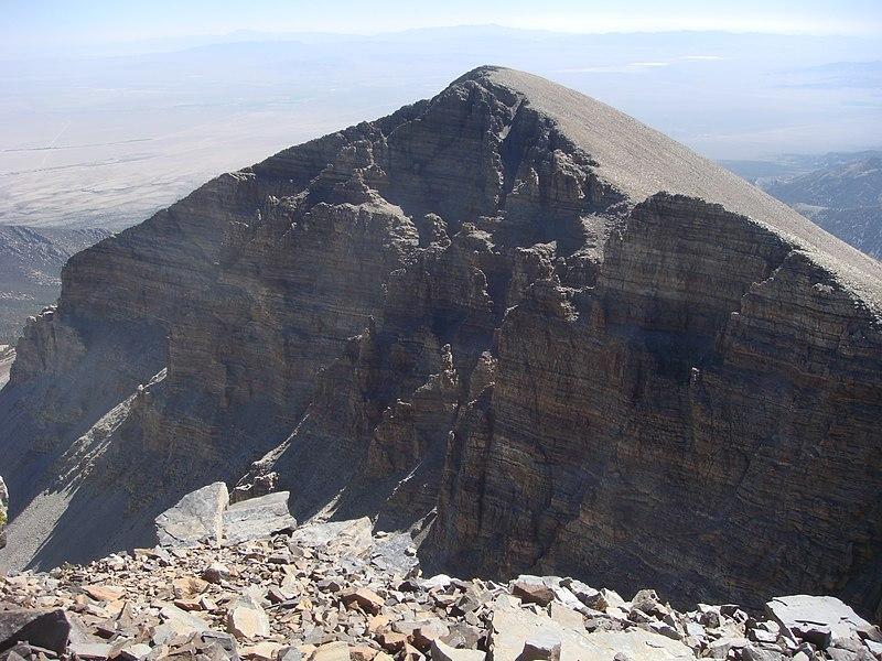 File:View of Doso Doyabi from Wheeler Peak.jpg
