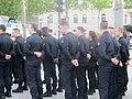 Volontaires du service civique Champs-Élysées.jpg