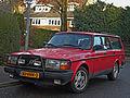 Volvo 240 GL (15834326777).jpg