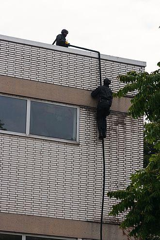 Special Deployment Commando - Image: Vorführung Spezialeinsatzkomman do (10567203075)