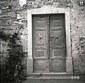 """Vrata v """"šupo"""" pri Krušcovih, Lozice 1958.jpg"""