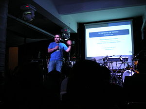 English: presentation on free software at the ...