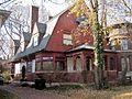 Warren McArthur House (7376801060).jpg