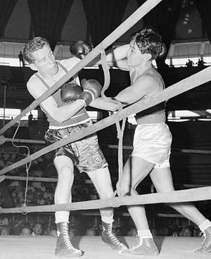 Velikton Barannikov - Barannikov (right) vs Wim Gerlach at the 1960 Games