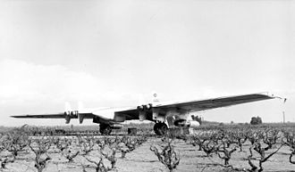 Northrop YB-49 - Northrop YRB-49A with six engines, two of which are mounted externally.