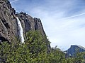 Yosemite Falls and Yosemite Point. The Lost Arrow is just in front of Yosemite Point, Half Dome is on the right. - panoramio.jpg