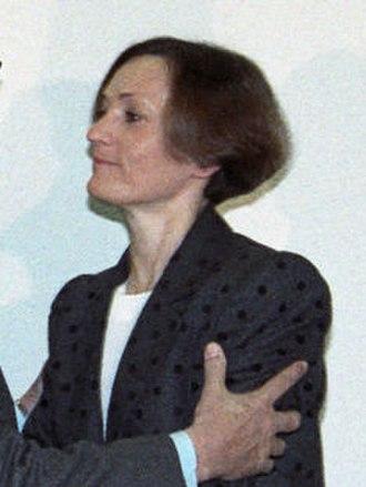 Pilar Miró - Image: (Pilar Miró) Rosa Conde en la toma de posesión del director general de TVE. Pool Moncloa. 17 de enero de 1989 (cropped)